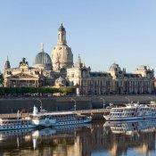 Dresden Terrassenufer Sommer
